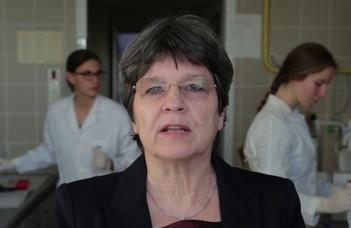 Állami kitüntetést kapott prof. Erdei Anna