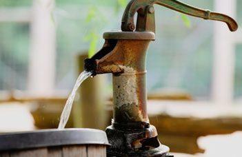 Az ivóvizünk egyelőre nincs veszélyben, de folyóinkban már ott van a mikroműanyag